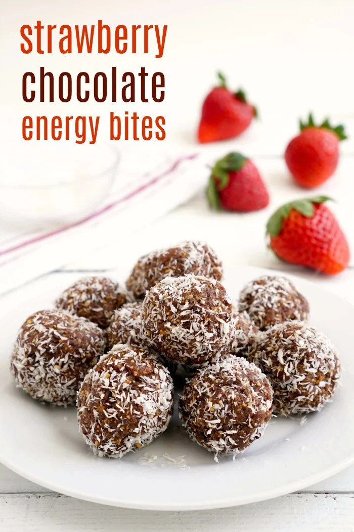 These strawberry energy bites with dates are such an easy, healthy snack. They taste like dessert, but they're actually good for you! #healthysnacks #strawberry