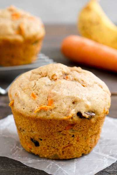 Banana carrot muffin