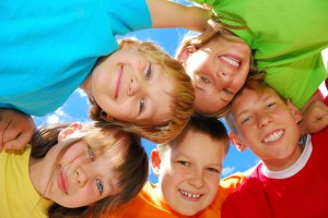 happy-kids-300x200 10 Tips To Raise Fit Kids Who Like To Eat REAL Healthy food!