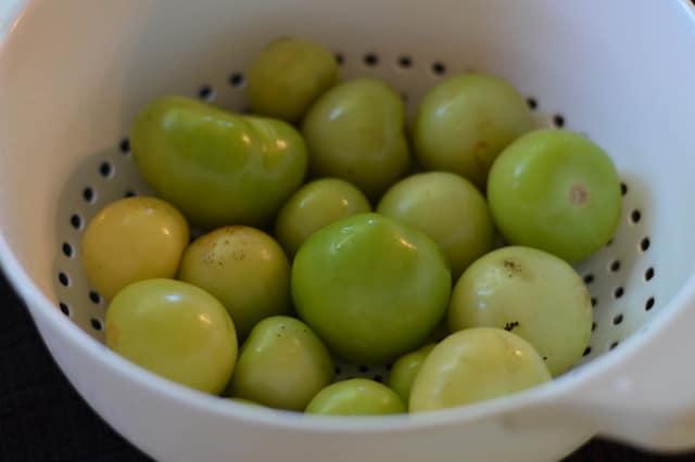 Peeled Tomatillos | Tomatillo Salsa Verde Recipe