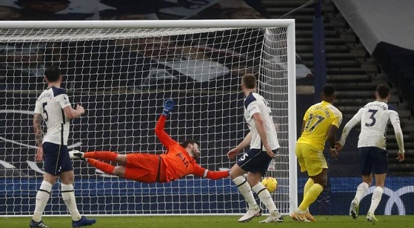 Mour Misery At Home For Tottenham