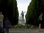 statue pantheon
