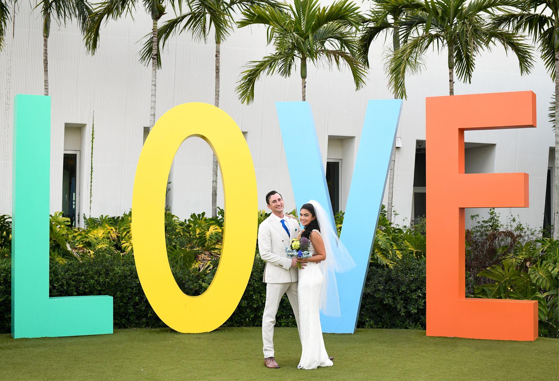 heart-of-goldszer-our-music-festival-wedding