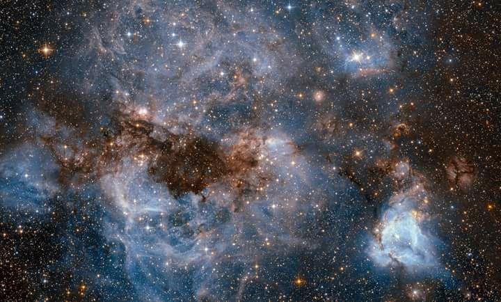 Hubble tenta olhar dentro da tempestade