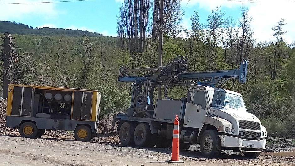 Se realizan perforaciones en el barrio Kaleuche para el abastecimiento de agua