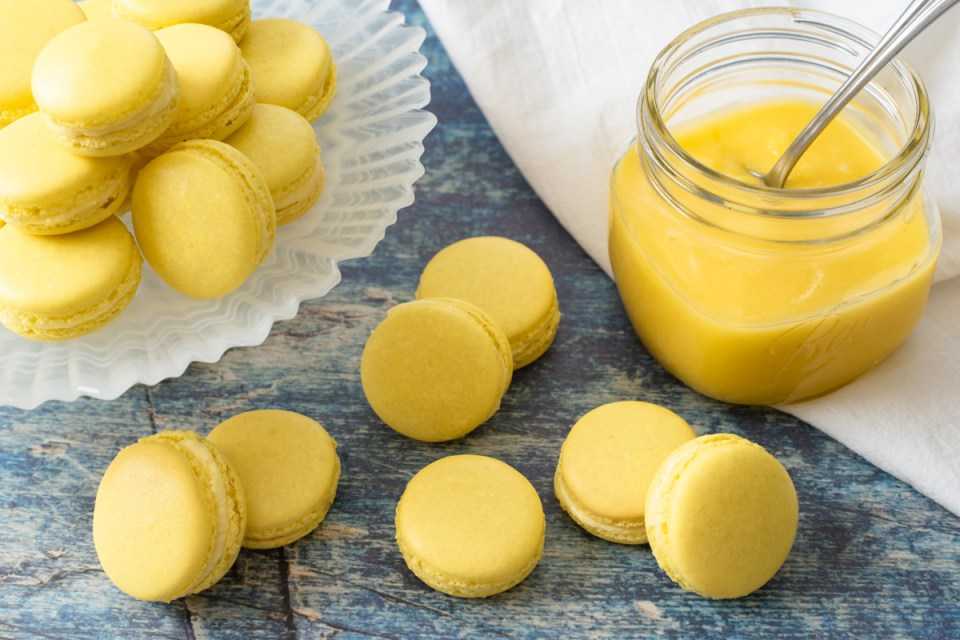 Macarons with Lemon Curd Buttercream | Reality Bakes
