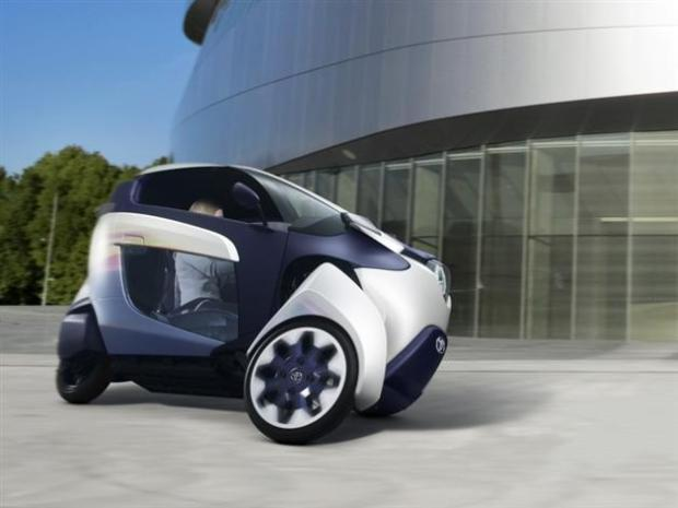 Toyota-i-Road-Personal-Mobility-Electric-Vehicle-2