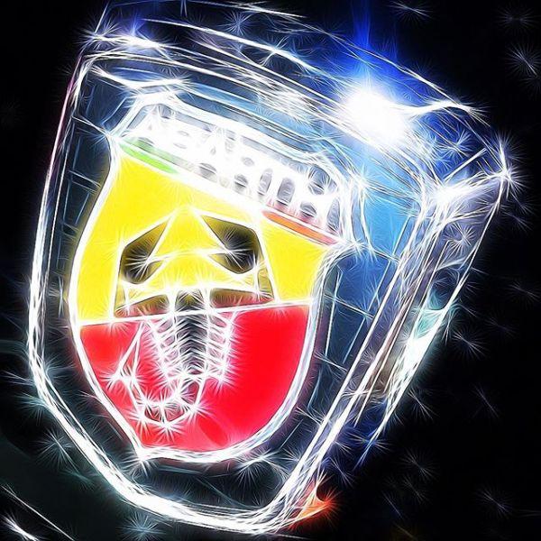 Fiat Abarth Grille Badge (edit)