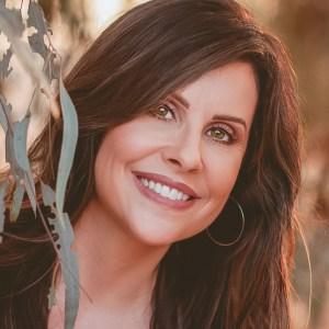 Samantha Gilbert FNC CHNP CNC Realize Recovery Bryan Vasquez CAT-C III Certified Addiction Treatment Counselor addiction counseling SMART Friends and Family facilitator Cognitive Behavioral Therapy Acceptance and Commit Therapy Community Reinforcement and Family Training Motivational Interviewing Compassion-Based Cognitive Behavioral Therapy Newport Beach Southern California