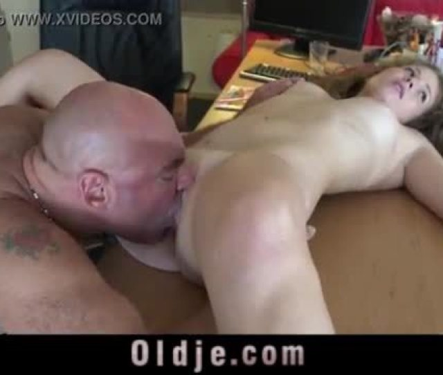 Old Man Fucks Young Girl Teen Blowjob And Cumshot In Old Young