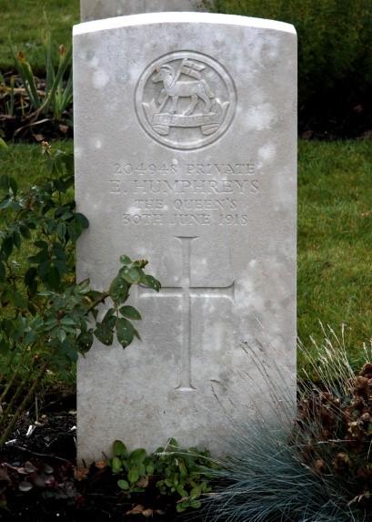 Ellis HUMPHREYS, Bouzincourt Ridge Cemetery