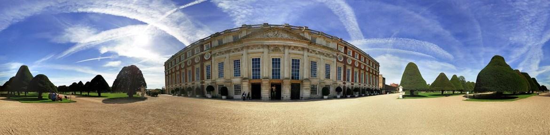 Hampton Court Palace panorama