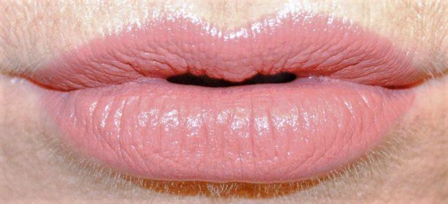 charlotte tilbury pillow talk lipstick
