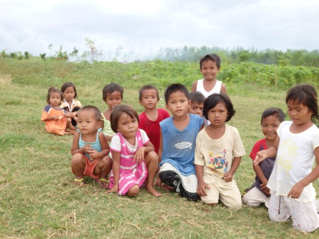 New Small Friends on the Way to San Remigio