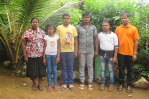 Project beneficiaries with Nishantha: Madura's mother, Madumekala, Gayan, Tharindu, Fazeer, and Nishantha
