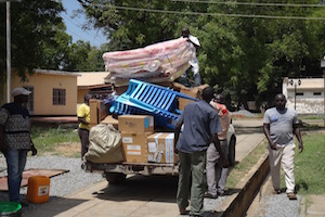 south sudan medical clinic unloads supplies