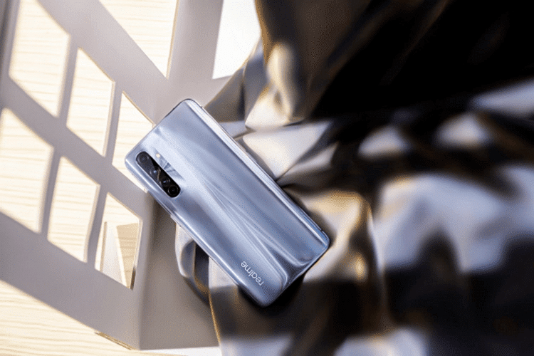 Realme X50 Pro Player Edition July 2020 Security Patch Update In China Brings Night Super Standby, Game Hook, 5G Quick Switch, & Much More [RMX2071_11_A.21] - Realme Updates