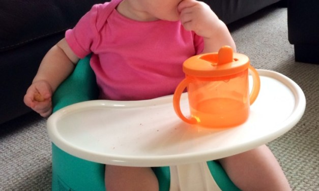 REVIEW – Bumbo Seat, Play Tray & Cover