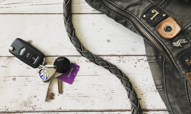 REVIEW & GIVEAWAY – Xupo Smart Bluetooth Key Tracker