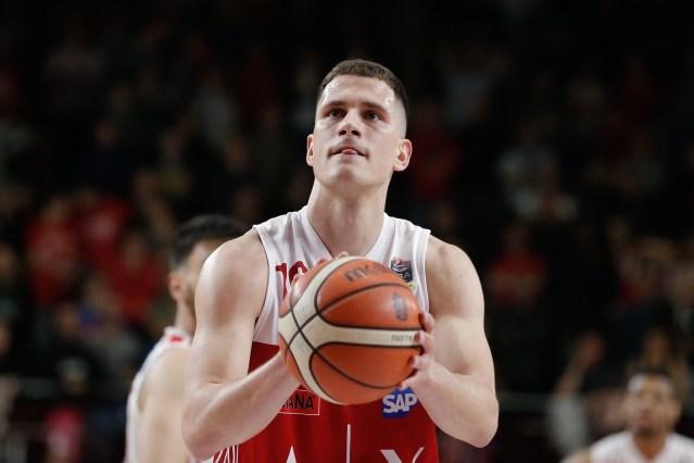 Nemanja Nedovic operato al ginocchio, ma non cambia il recupero