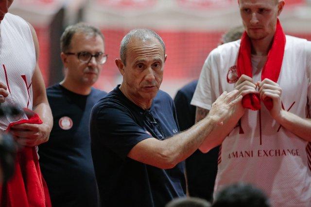 Ettore Messina: Prestazione seria, la difesa ci ha tenuti a galla a lungo
