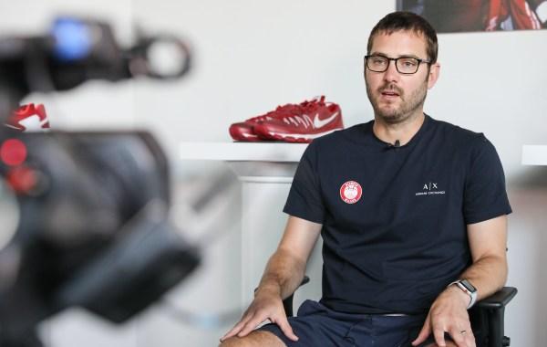 Sul sito olimpiamilano.com l'ufficio stampa del club racconta Tom Bialaszewski, il nuovo primo assistente sulla panchina di Olimpia Milano