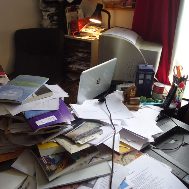 A photograph of the desk fo writer and edotor rob mclennan