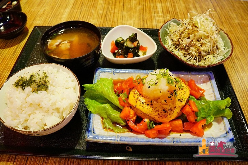森本日式和風洋食堂 平價洋食料理 起司豆腐漢堡排清爽上市