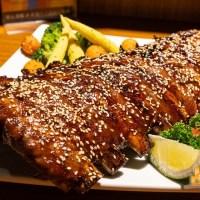 【高雄居酒屋】呷賀屋日式燒烤 鳳山軍校附近深夜食堂 限量超大30公分巡弋肋排 吮指美味