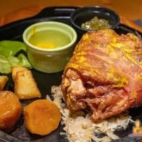 【高雄聚餐】STEAK KING 牛排龍蝦餐廳 美式運動餐廳 飲料水果自助吧吃到飽
