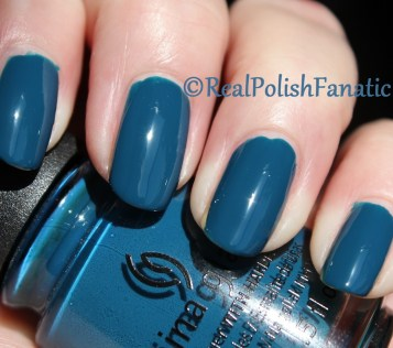 China Glaze - Jagged Little Teal // Fall 2016 Rebel Collection