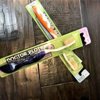 Dr. Plotka's Mouth Watchers Flossing and Antimicrobial Toothbrush Review