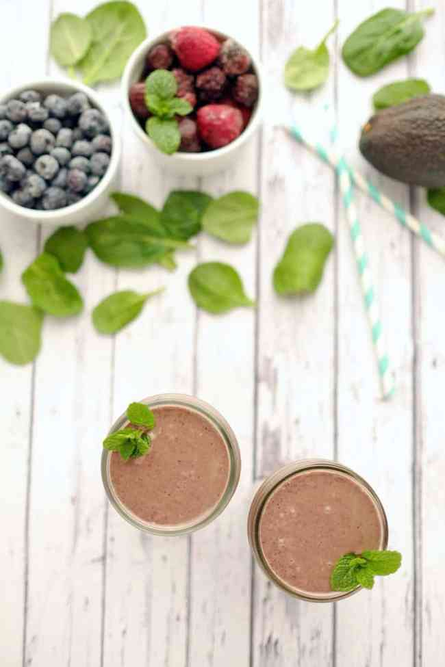 Mint-berry-breakfast-smoothie