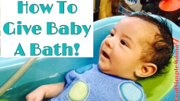 give baby bath - title