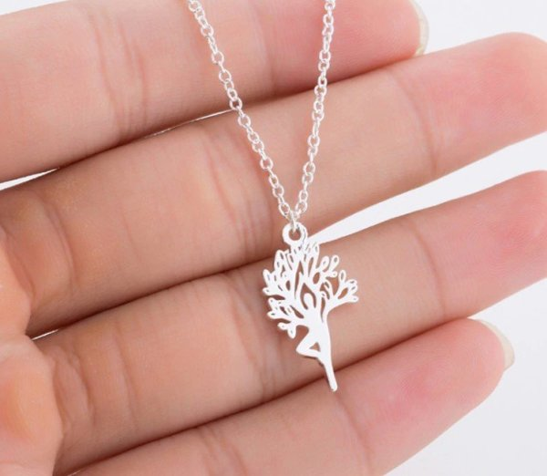 Women's Tree of Life Necklace 1