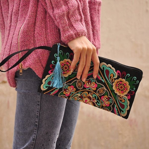 Women's Ethnic Embroidery Clutch 1