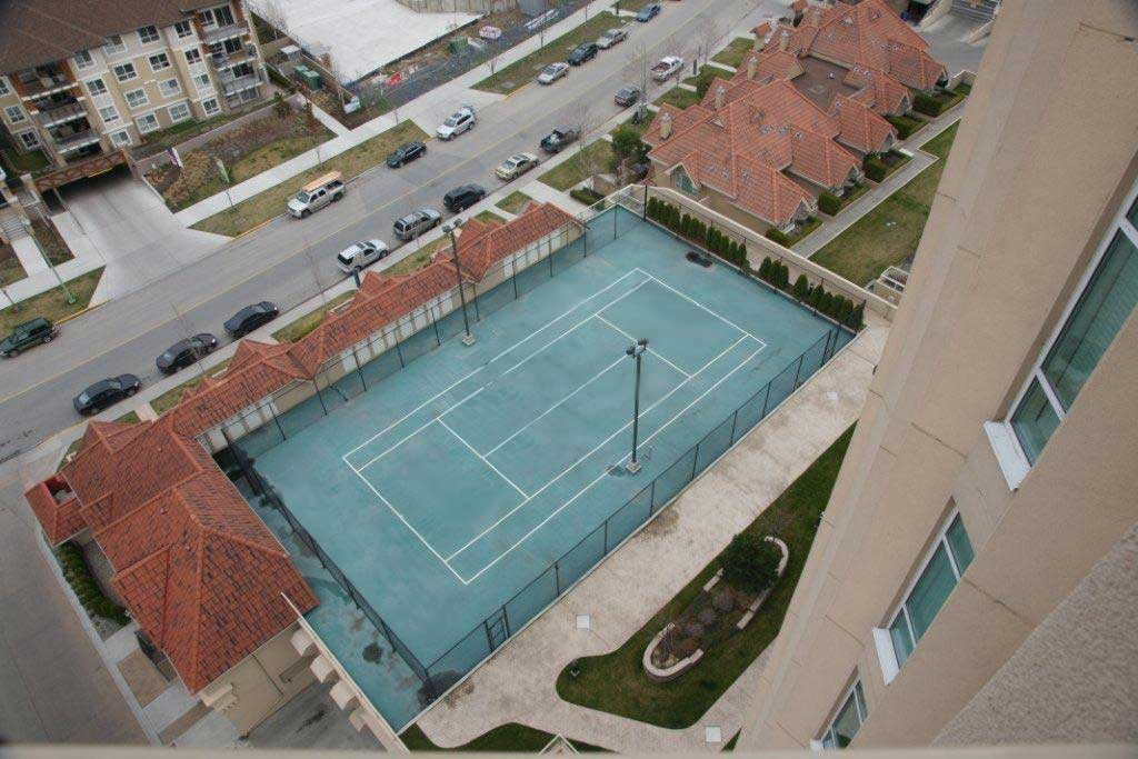 Sunset Waterfront Resort Pickleball and Tennis Court