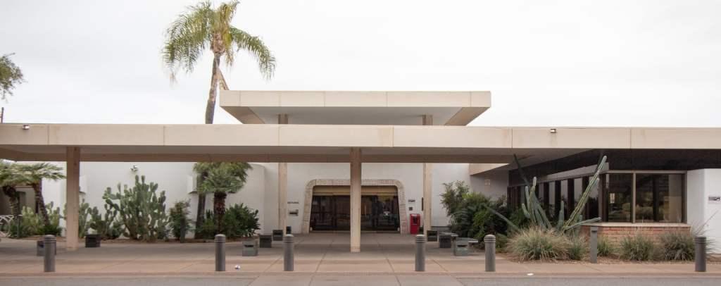 Wilmot Library in Tucson