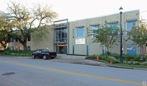 Davis Holdings purchased the 1500 McGowen building in Houston's Midtown.