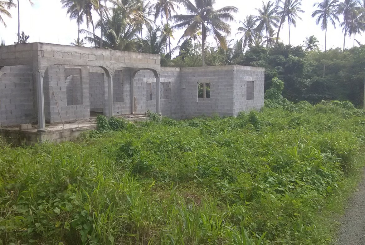 unfinished house for sale choiseul