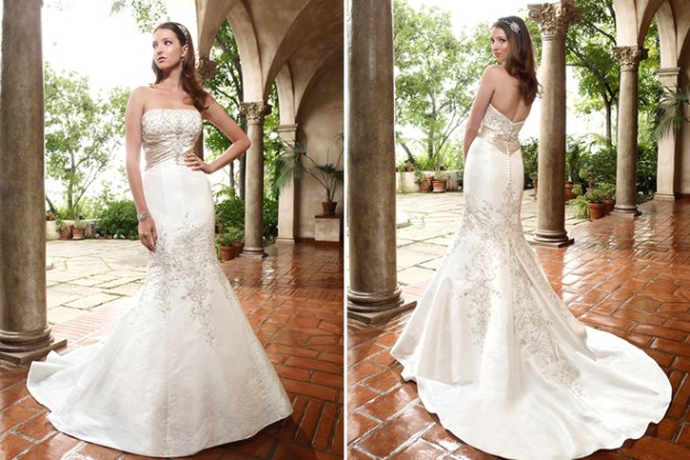 Sacramento Wedding Gowns: Dazzling Dresses {Trick-or-Treat}