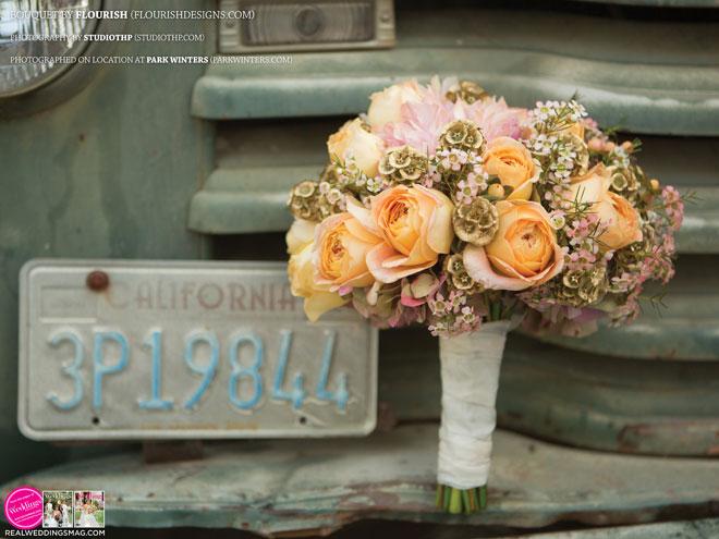 Sacramento_Weddings_RWS_Cover_Model-WS15-BOUQUETS-12