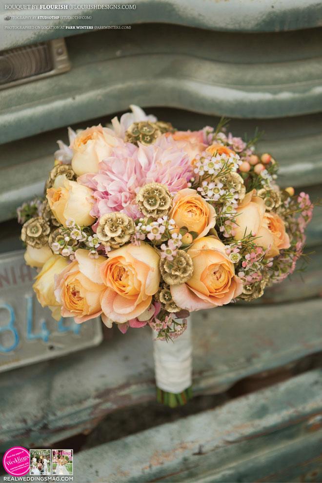 Sacramento_Weddings_RWS_Cover_Model-WS15-BOUQUETS-SINGLE-13