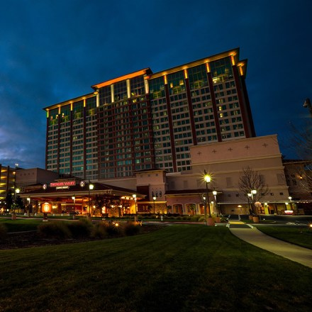 Thunder Valley Casino Resort Spa - Sacramento Wedding Accommodations - Lincoln
