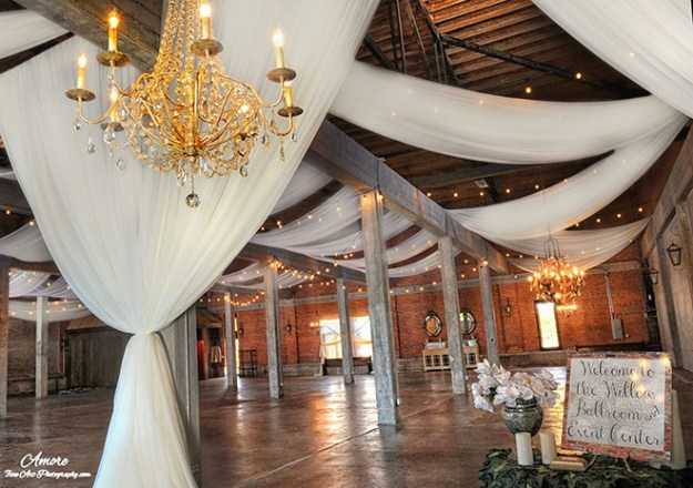 willow_ballroom_and_event_center_hood_wedding_venue_2