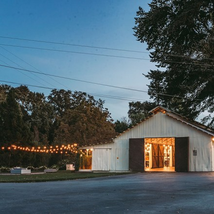 Silt Wine Company-Clarksburg-Sacramento Wedding Barn Historic Winery Venue-Real Weddings Magazine