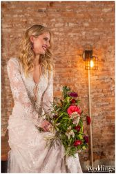 Farrell-Photography-Sacramento-Real-Weddings-Magazine-Gold-Country-Glam-Layout_0093