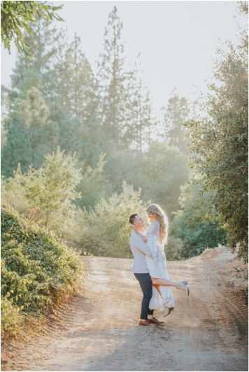 Real-Weddings-Magazine-Roza-Melendez-Photography-Somerset-El-Dorado-County-Wedding-Inspiration-_0044