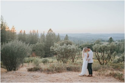 Real-Weddings-Magazine-Roza-Melendez-Photography-Somerset-El-Dorado-County-Wedding-Inspiration-_0103