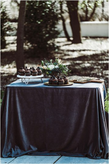 Real-Weddings-Magazine-uvVisions-Photography-Woodland-The-Maples-Wedding-Inspiration-_0049